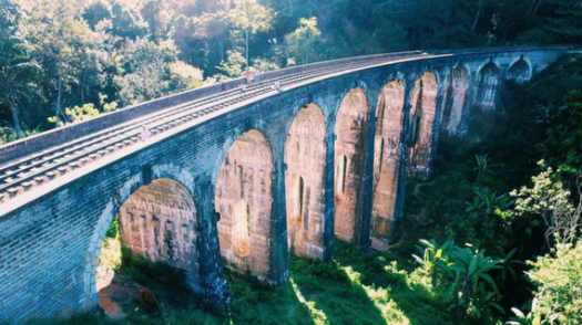 vista nine arch bridge_srilanka