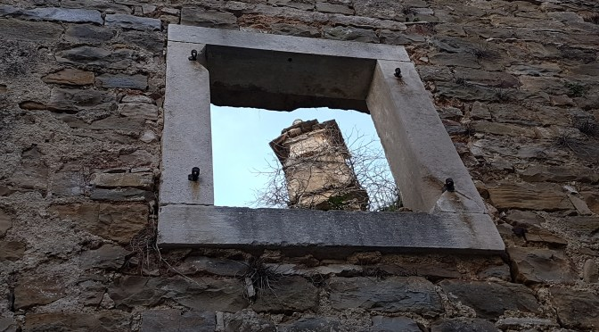 """Monologhi: """"Dalla finestra"""" – Selezione opere"""