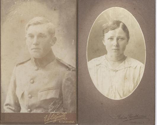 Syskonen Nils och Maria Nilsson omkring 1920