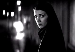 A Girl Walks Home Alone At Night (Movie) Review - 2015-01-23 13:50:55