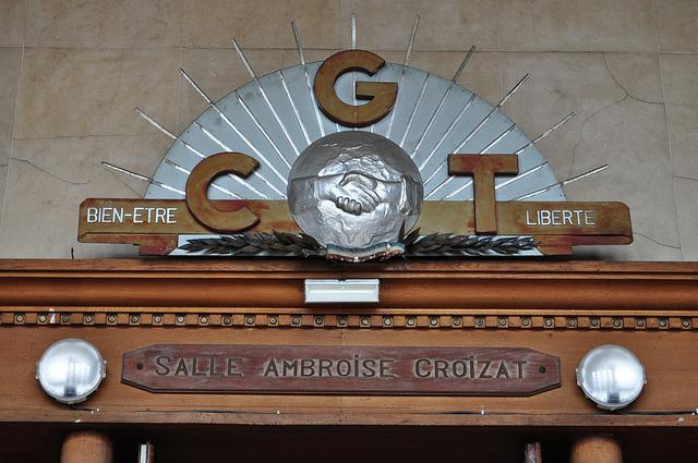 La CGT signe seule l'accord sur le Télétravail!