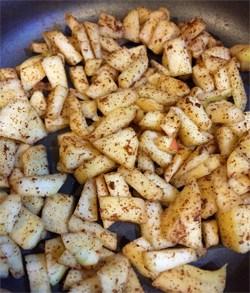 apple cinnamon yogurt parfait apples mixture