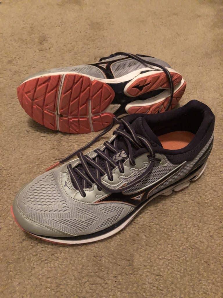 Training for the 3M Half Marathon with Mizuno Wave Rider 21 running shoes