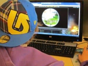 gamer kid computer