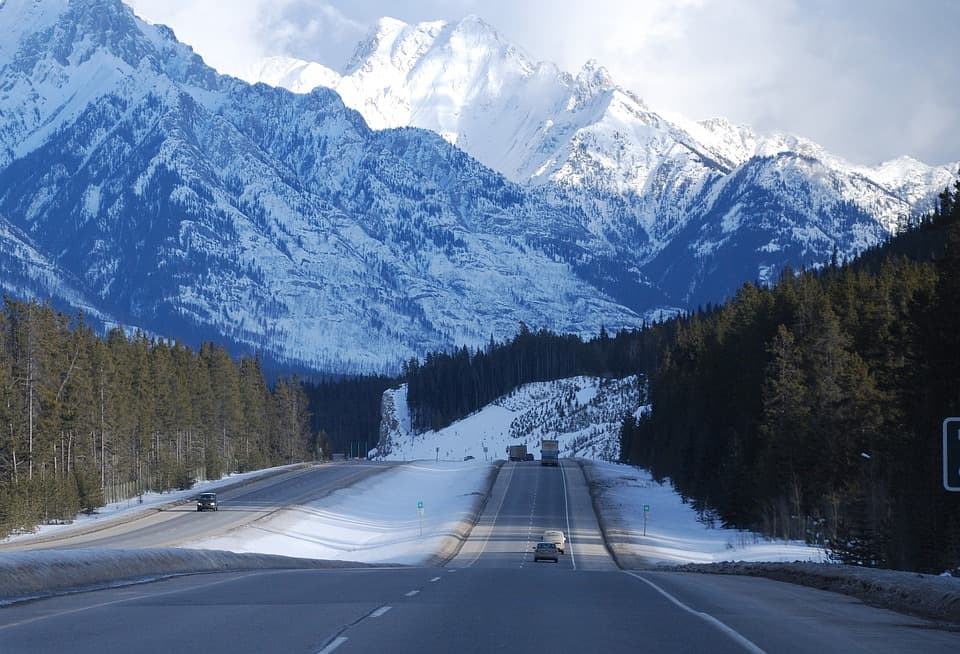 Family Travel: Safe Winter Driving Tips and Winter Road Safety