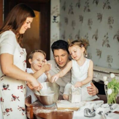 photo-of-kids-playing-with-flour-3807188 (1)