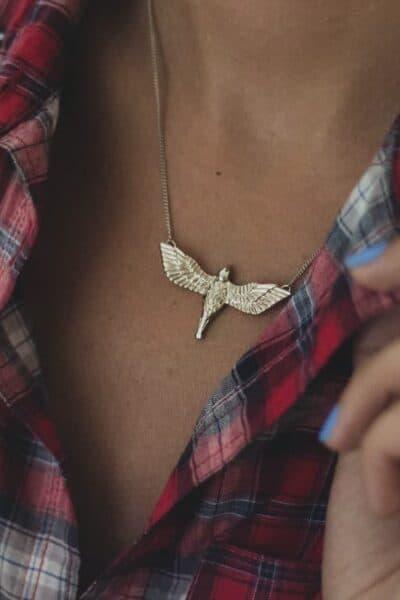 necklace plaid shirt
