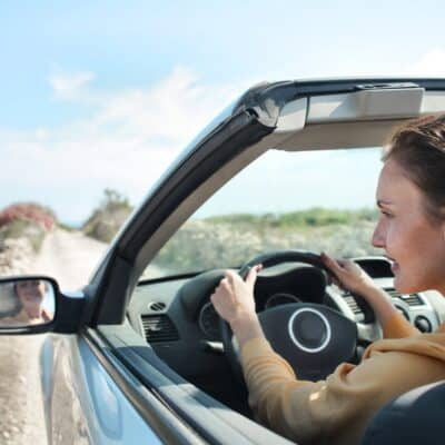 How to Earn Money Investing in Shares in Car Manufacturers
