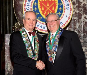 Bailli George Elliott, Vice Chargé de Mission and Bronze Star recipient Clint Haynes