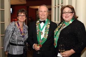 Sara Vance Waddell, Bailli George Elliott, and Chambellan Provincial Midwest/Indianapolis Bailli Renee Wilmeth