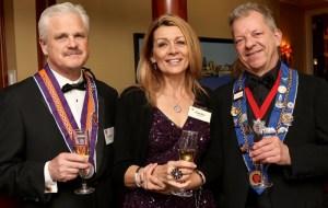 Gordon Snyder, Cathy Snyder, Vice Chargé de Presse Provincial JT Mayer