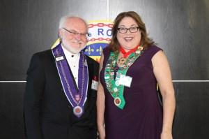 Chevalier Dr. Patrick Shea, Bailli Provincial Midwest Renee Wilmeth