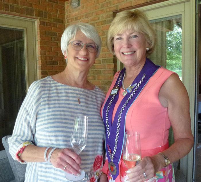 Jean Haynes and Pamela Reis