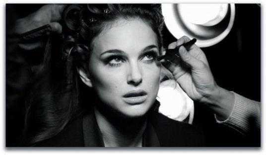 Natalie Portman Diorshow Iconic Overcurl