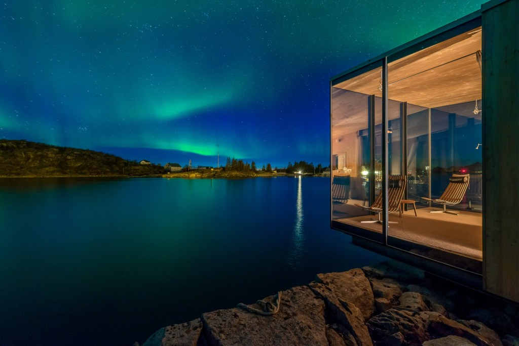 Great views of the Aurora Borealis from this Norwegian cabin in northern Norway.