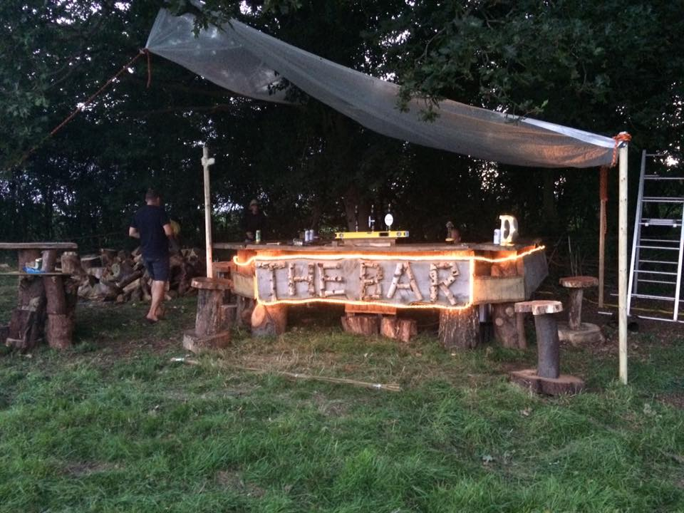 The Bar, built by Stephen Duance of South Coast Tree Care (https://www.southcoasttreecare.co.uk/).