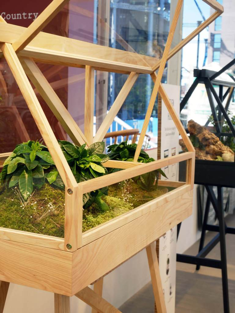 London Design Festival has gone green big time! All the shows and the majority of stands showed biophilic elements.