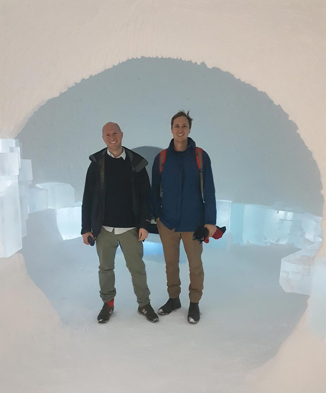 Brothers Hugh and Howard Miller from the UK, working as furniture and landscape designers respectively. Their design, A Rich Seam, won the hearts of the ICEHOTEL judging panel. They spent 6 weeks at the end of 2017 making their design a reality in Swedish Lapland.