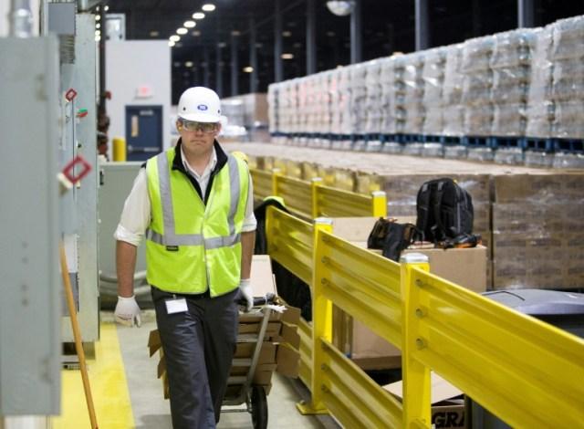 Dans une usine Nestlé d'embouteillage d'eau minérale à  Stanwood dans le Michigan aux Etats-Unis, le 11 janvier 2018 (AFP - Steven M. Herppich)