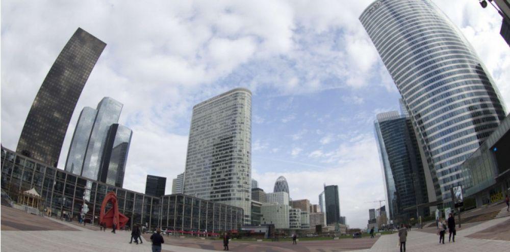 les tours de bureaux du quartier d affaires trouvent a nouveau preneurs