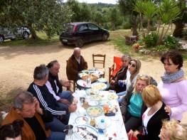 easter-time-chamaloni-friends