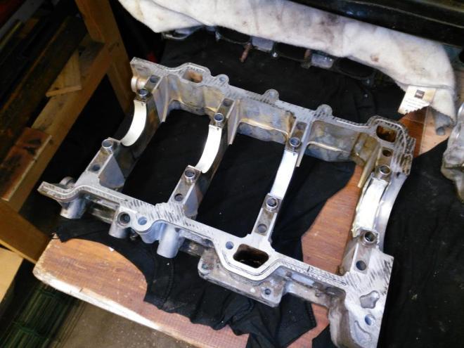 S-type v6 lower block
