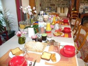 pain, brioche, gâteau maison