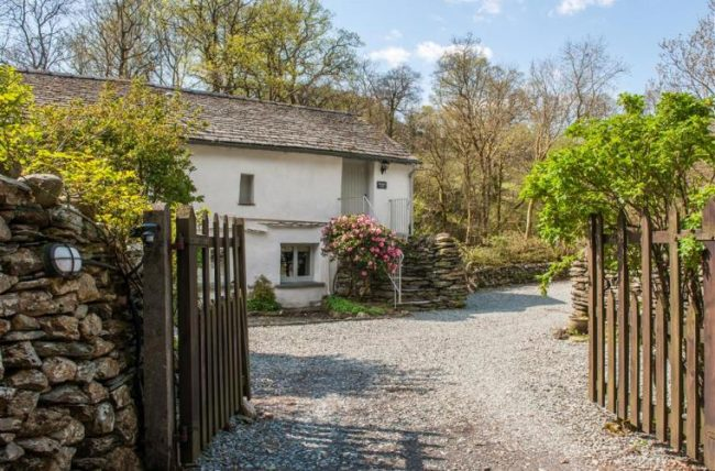 Brathay-loft-dog-friendly-cottages