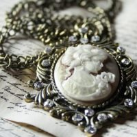 The Different Eras Of Antique Jewellery