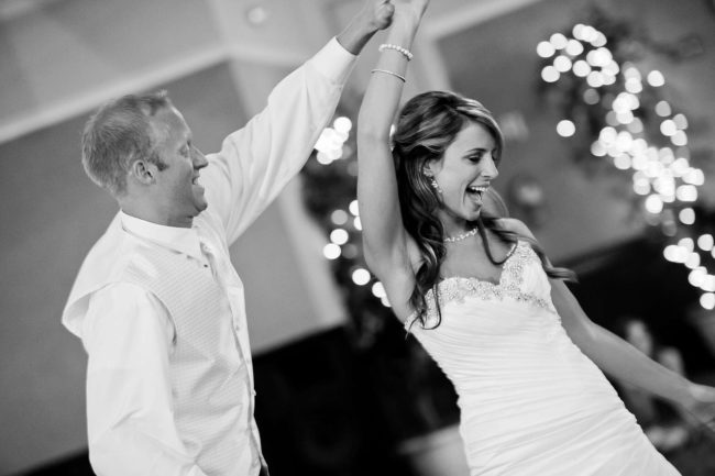 3 Strong Reasons to Have a DJ at Your Wedding Party