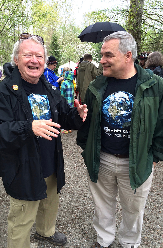 Park Board Commissioner Stuart Mackinnon (right) chatted with long-time volunteer ECPC volunteer Ron at Earth Day at Everett Crowley Park.