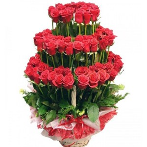 CF 100 Red Roses Basket