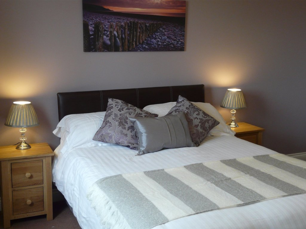 Double room accommodation at Chandlers View holiday cottage in Whitby England