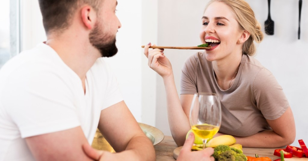 Ποιες τροφές βοηθούν να «χαλαρώσεις» από το άγχος;