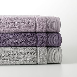 gray-towels matching bathroom colors with towels 3