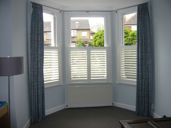 Cafe shutters with curtains boatylicious shutters with curtains functionalities net sisterspd