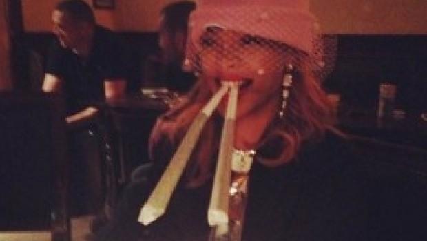 Rihanna Marihuana