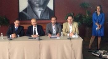Fausto Vallejo rueda de prensa