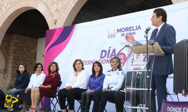 Alfonso Martinez Dia de la Mujer