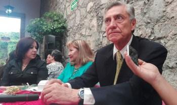 Cristobal Arias Solís debate
