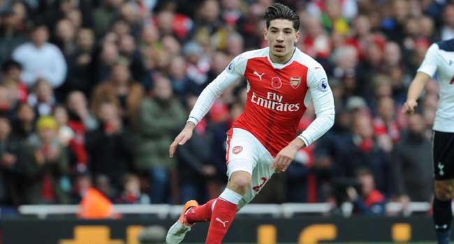 Arsenal Loses Bellerin Ahead of Man-U Derby