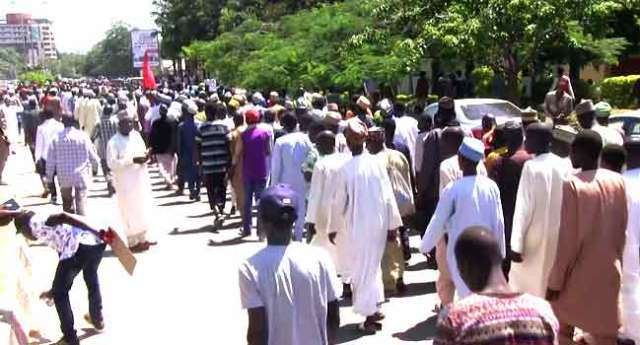 Shiites Condemn El-Zakzaky's Detention In Protest