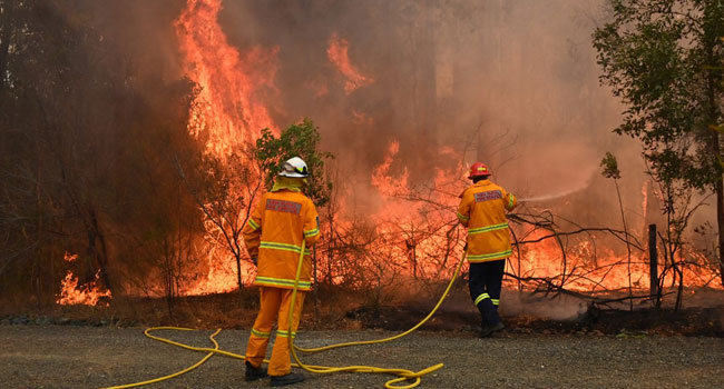 Firefighters Battle More Than 100 Blazes Across Australian State