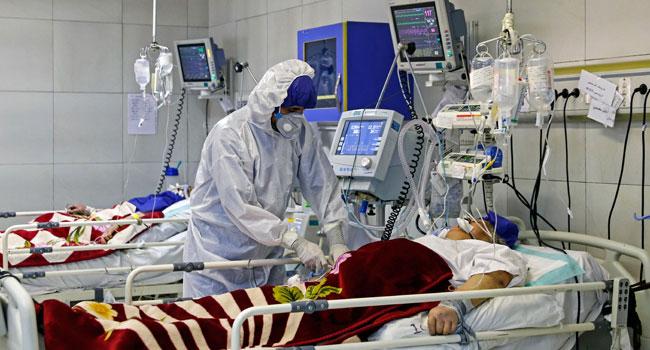 NNN: بلغ إجمالي حالات الإصابة بالفيروس التاجي في إيران 301530 يوم الخميس بعد تسجيل 2621 حالة جديدة بين عشية وضحاها ، وفقا للتلفزيون الحكومي. وقالت سيما سادات لاري ، المتحدثة باسم وزارة الصحة والتعليم الطبي الإيرانية ، خلال تحديثها اليومي ، إنه تم تسجيل 226 حالة وفاة جديدة على مدار الـ 24 ساعة الماضية ، […]