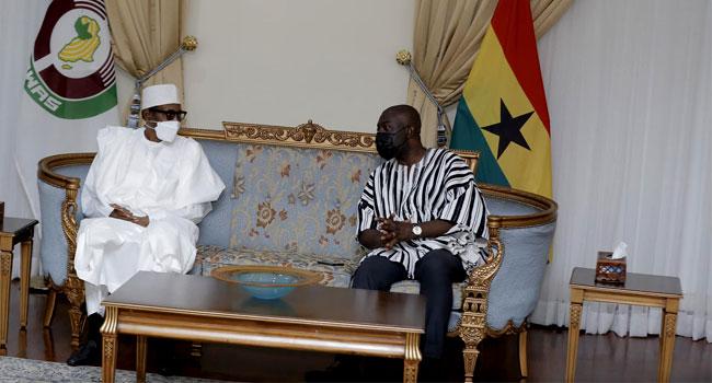 Buhari at Ghana airport 4