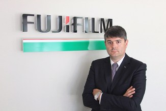 Business dispositivi ottici, Fujifilm acquisisce la Divisione Optical
