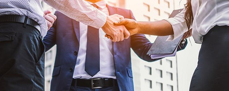 Business plan divisi tra obiettivi hardware e software per i partner Praim