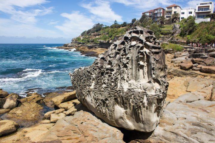 sydney-beach-rock
