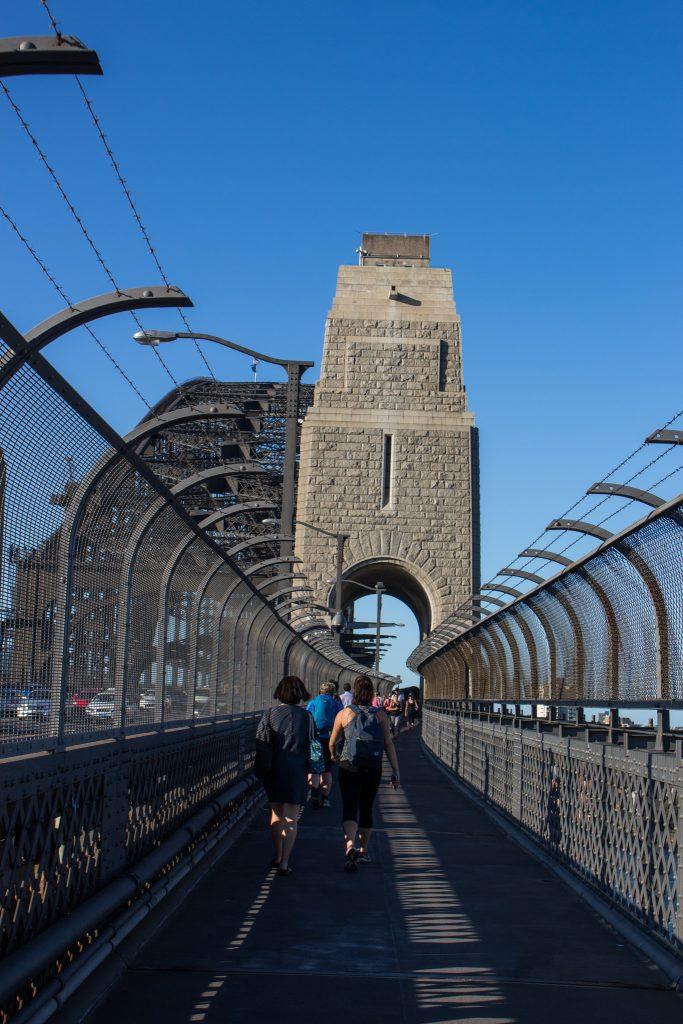 sydney-harbor-bridge-walk