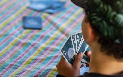 Des jeux pour l'été, en famille et avec trois fois rien ! Partie 3 :  Jeux de cartes